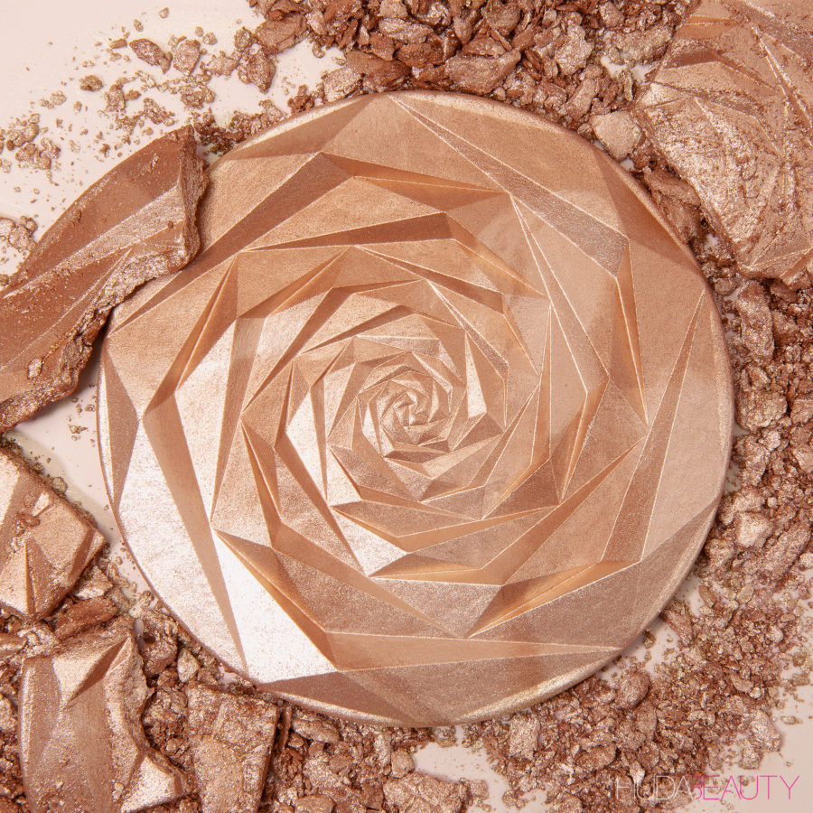 N.Y.M.P.H. All Over Highlighting Powder