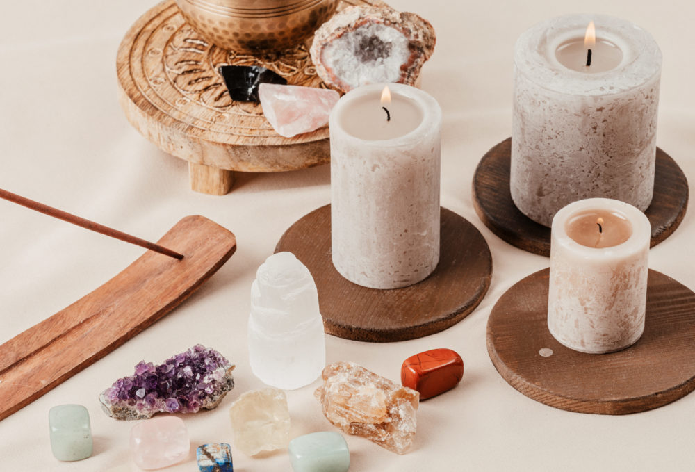 These Expert Candle Tips Will Elevate Your Home & Mood